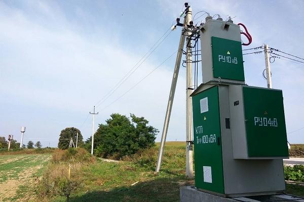 На Дубенщині оновлюють електромережі (Фото)