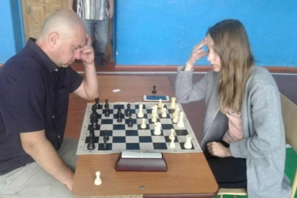 У Дубровиці визначився переможець 7 етапу шахового Кубку Рівненщини