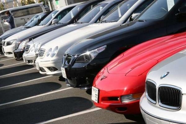 Найбільше елітних автівок на Рівненщині катається у двох районах та обласному центрі