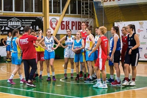 Жіноча команда БК «Рівне» перший домашній матч зіграє з Чемпіоном України