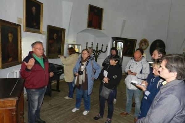 Як в Острозі проходив VI Всеукраїнський форум «Патріотичні екскурсії по Україні»