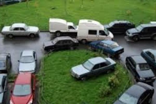 Рівнянам на замітку: набув чинності закон про паркування