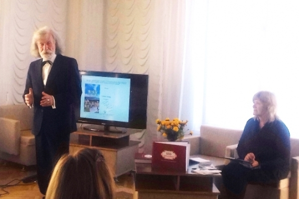 Нова книга рівненського краєзнавця вразила назвою «555 автографів Богданові Столярчуку»