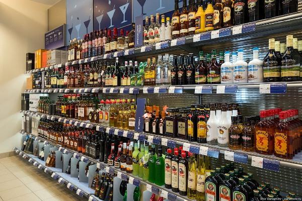 У Дубно спиртне продаватимуть на годину довше