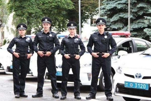 Рівненські правоохоронці забезпечили правопорядок на свята