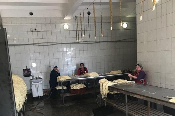 Понад мільйон гривень штрафу сплатить рівненське молокопереробне підприємство за ігнорування закону (Фото)