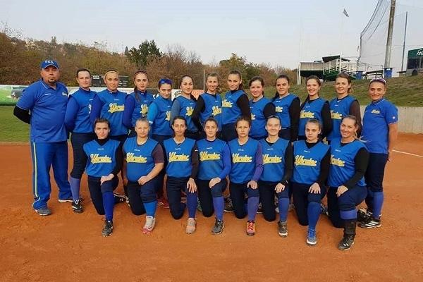 Рівненські софтболістки проходять тренувальні збори в складі збірної України в Чехії