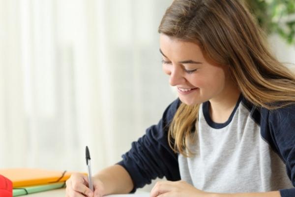 До уваги жителів Рівненщини: студент, який отримує стипендію з бюджету, не має права на податкову соціальну пільгу