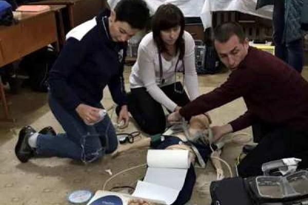 На Рівненщині навчали медиків бригад екстреної медичної допомоги