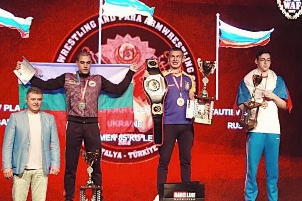 Армреслер з Острожчини увосьме став чемпіоном світу (Фото)