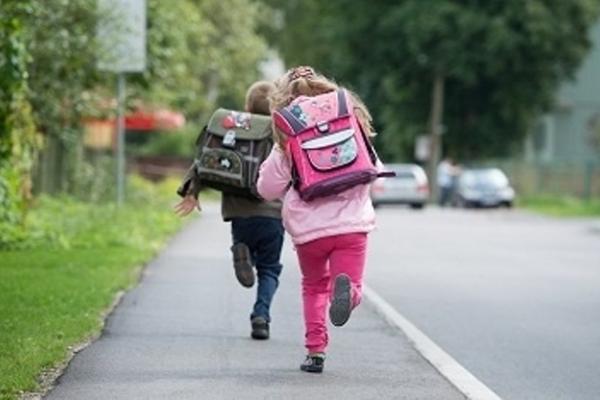 На Рівненщині дітей повернули до школи, а батьків притягнули до відповідальності