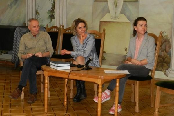 До Острозької академії завітали відомі актори, аби презентувати інноваційну театральну програму для навчання (Фото)