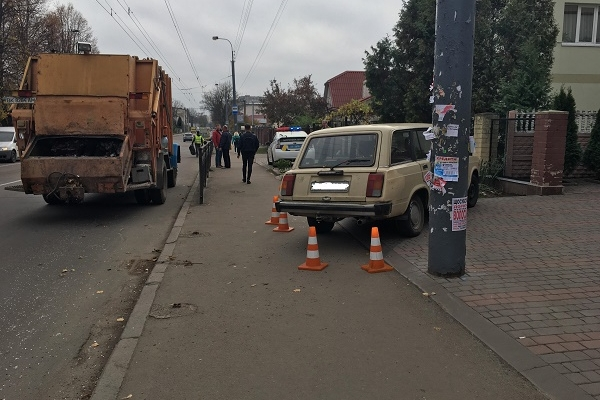 Подробиці ДТП на Грушевського у Рівному