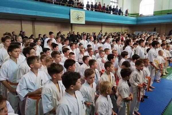 У Рівному стартував Чемпіонат України з кйокушінкаі карате Унія України