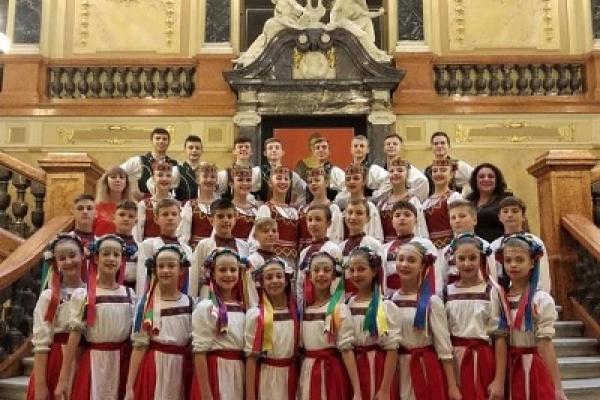Танцюристи ансамблю «Дружба» підкорили Львів
