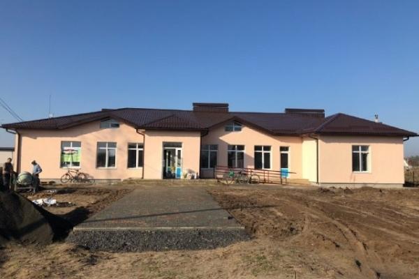 На Костопільщині у селі Борщівка завершують реконструкцію дитсадка (Фото)