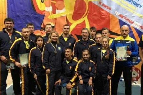 Рівненські спортсмени здобули ІІ місце на кубку України з пауерліфтингу
