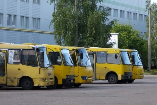 Що думають рівняни про підвищення вартості проїзду у громадському транспорті? (Відео)