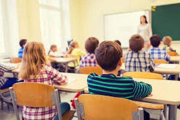 Перевищення рівнів формальдегіду і фенолу зареєстрували у приміщеннях навчальних закладів дев'яти районів Рівненщини