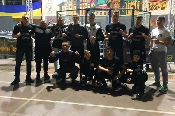 Збірна Рівненщини із перемогами на «Кубку Заходу» з ММА