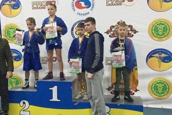 Бійці Рівненщини здобули медалі Кубку України з бойового самбо