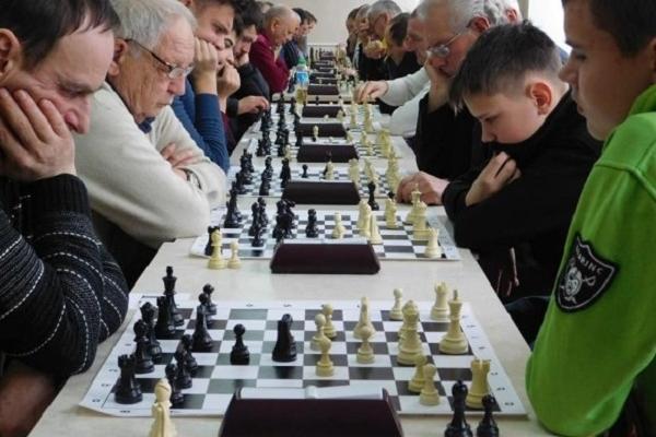 Острог приймав 10 тур шахового Кубку Рівненщини