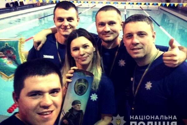 Поліцейські з Рівненщини здобули першість у відкритому чемпіонаті з плавання