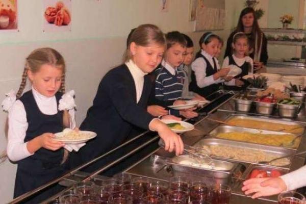 Варашські школярі обиратимуть обід на свій смак