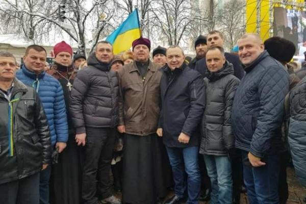 Делегація з Рівненщини чекає на історичне рішення Об'єднавчого Собору у столиці (Фото)
