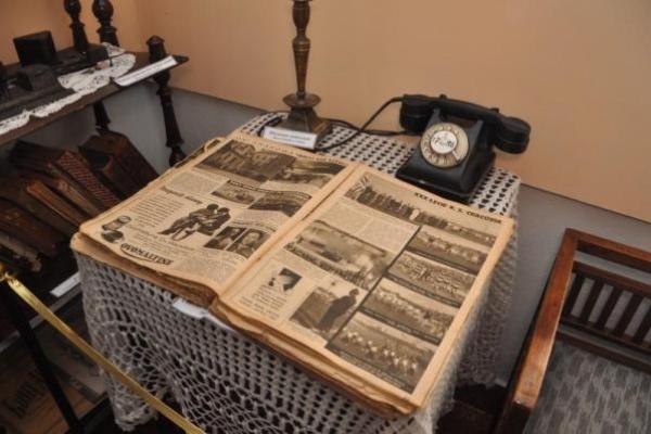 У Сарненському музеї  - нова експозиція «RETRO САРНИ»