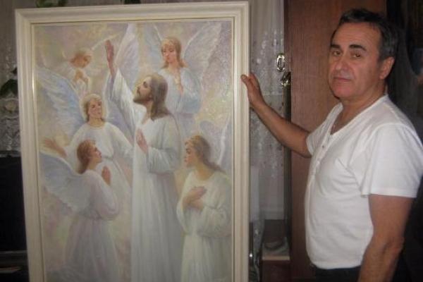 У Здолбунові живе іконописець, який створив тисячі ікон. Це Валерій Семенюк