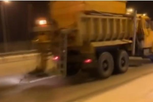 Дорожники Рівненщини працюють у посиленому режимі (Відео)