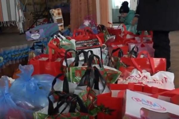 Діти Вербської школи-інтернату отримали від Святого Миколая подарунки (Відео)
