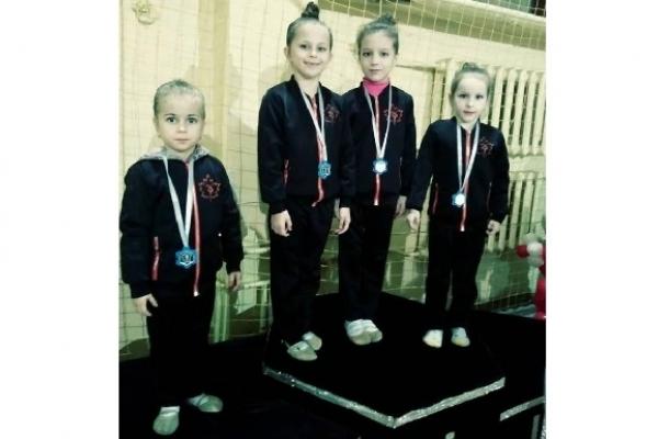 Юні острожанки здобули призові місця у щорічних внутрішніх змаганнях із гімнастики (Фото)