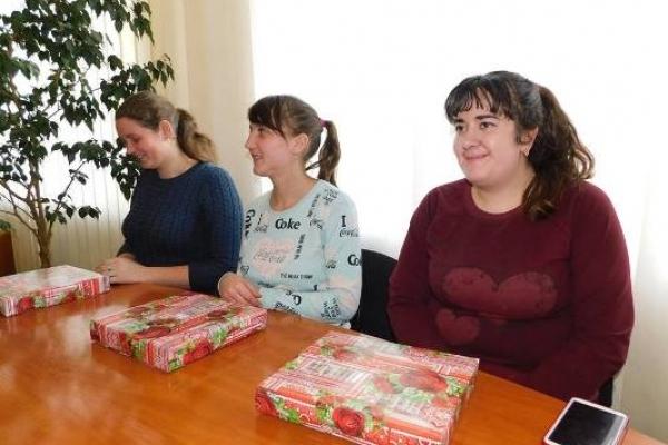 Щасливі власниці квартир на Гощанщині отримають у подарунок  ще й меблі