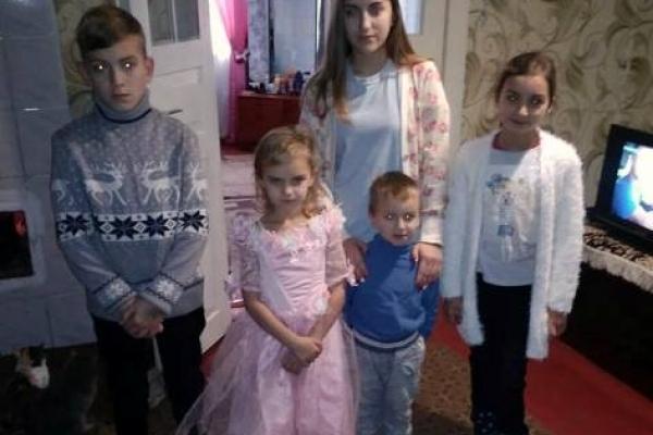 Діти Дубровиччини не залишились на свята без подарунків