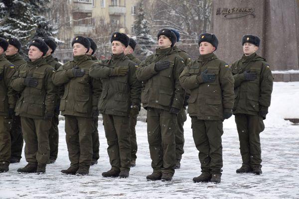 Як у Рівному відбувся флешмоб за полонених українських моряків