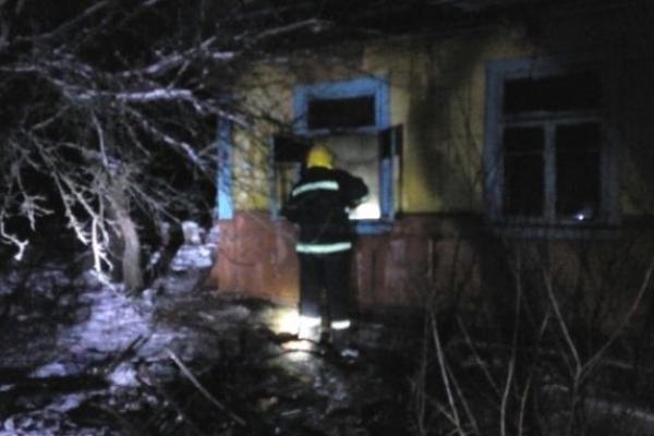 У селі Збуж на Костопільщині внаслідок пожежі в домі загинув чоловік