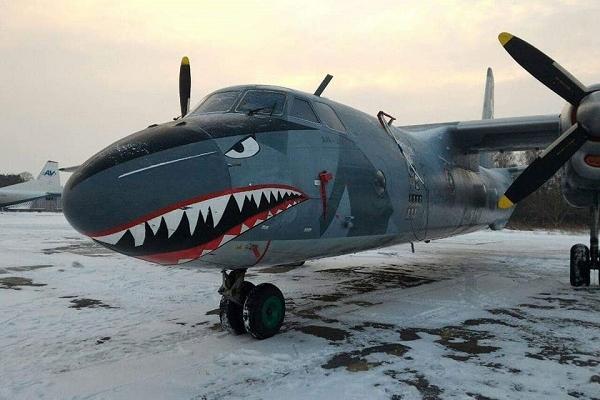 Літак-зірка Голлівудського фільму приземлився у Рівному