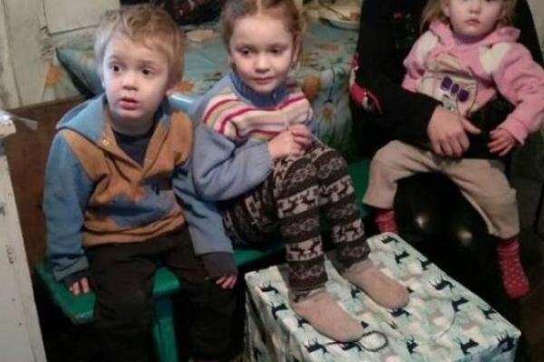 Для  52-х поліських дітей надійшли пакунки від німецьких благодійників