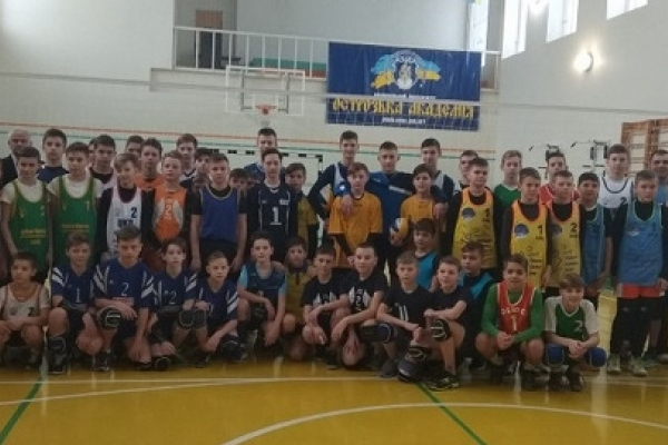 В Острозі стартував Зимовий чемпіонат України з пляжного волейболу