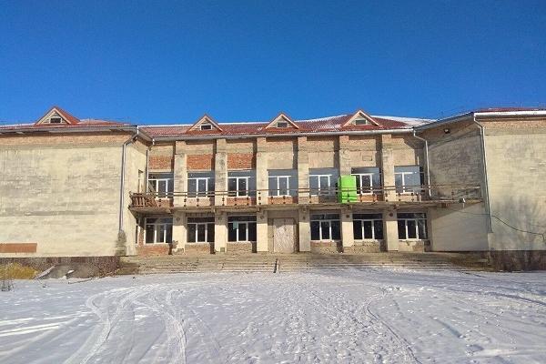 На Рівненщині будують нову школу (Фото)