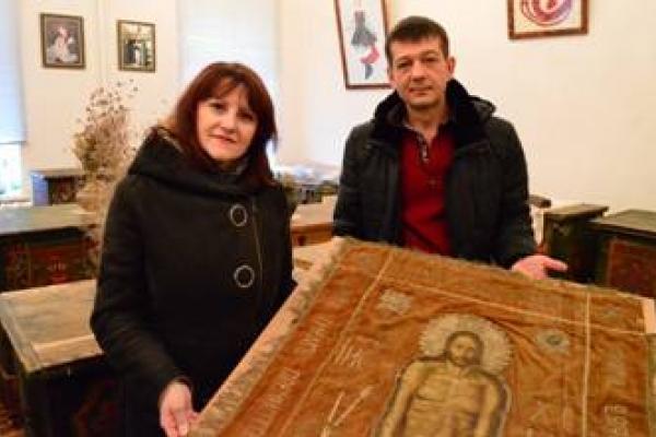 УПЦ МП повернула Плащаницю ХІХ століття (Фото)