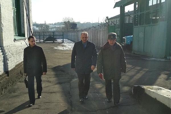 Прокурор Рівненської області зустрівся з засудженими у Городищенській виправній колонії