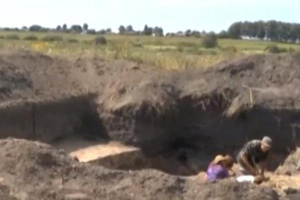 Краєзнавчі розвідки: цікаву легенду від археологів озвучив мешканець Озлієва з Млинівщини