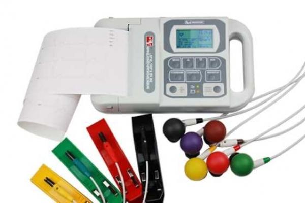 Рівненські районні лікарні отримають сучасне кардіологічне обладнання