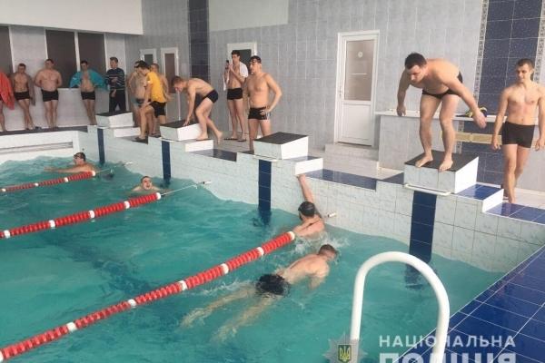 Поліцейські Рівненщини здобули перемогу у першості з плавання серед правоохоронців (Фото)
