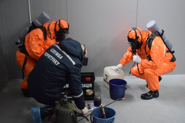 Рівненські рятувальники допомагають місцевим ОТГ забезпечувати власну безпеку у сфері цивільного захисту