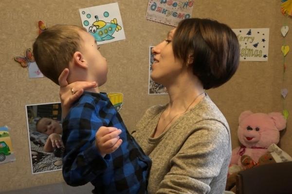 Маленький рівнянин Сверіпа Богдан бореться за життя (Відео)