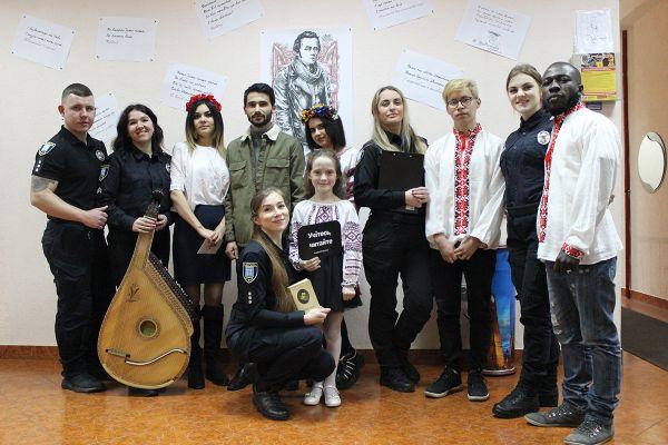 Великого Кобзаря відкривала для себе молодь в Рівненській обласній бібліотеці для  молоді